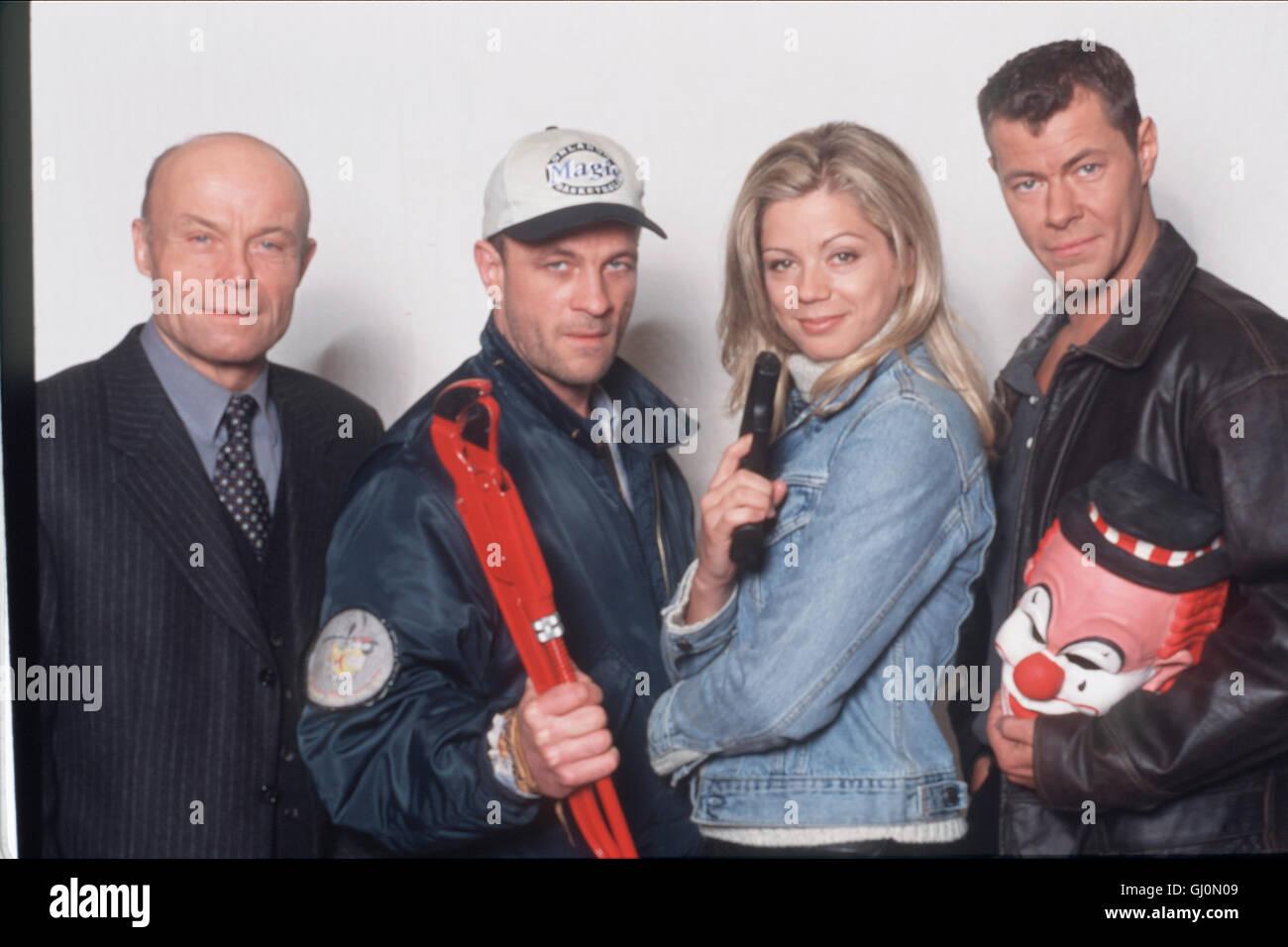 DER CLOWN- Die Crew: VOLKMAR KLEINERT als Ludowski, THOMAS ANZENHOFER als Dobbs, DIANA FRANK als Claudia Diehl und - Stock Image