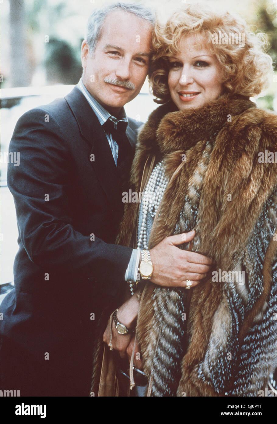 ZOFF IN BEVERLY HILLS- Die ebenso reiche wie neurotische Familie Whiteman in Beverly Hills, rettet dem Pennner Jerry Stock Photo