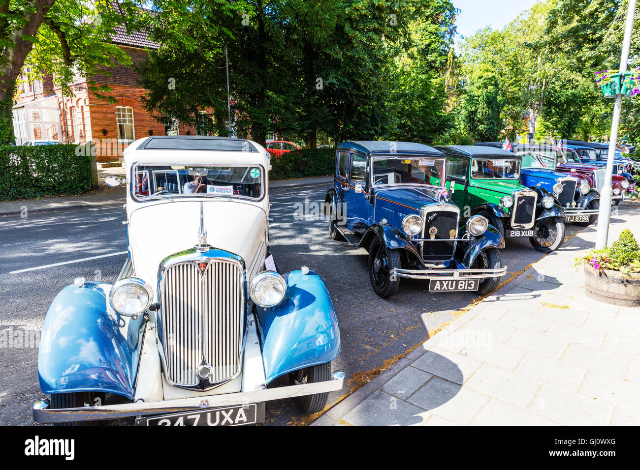 Classic cars car show antique Morris Bedford cars display classics old shows UK GB England English cars - Stock Image