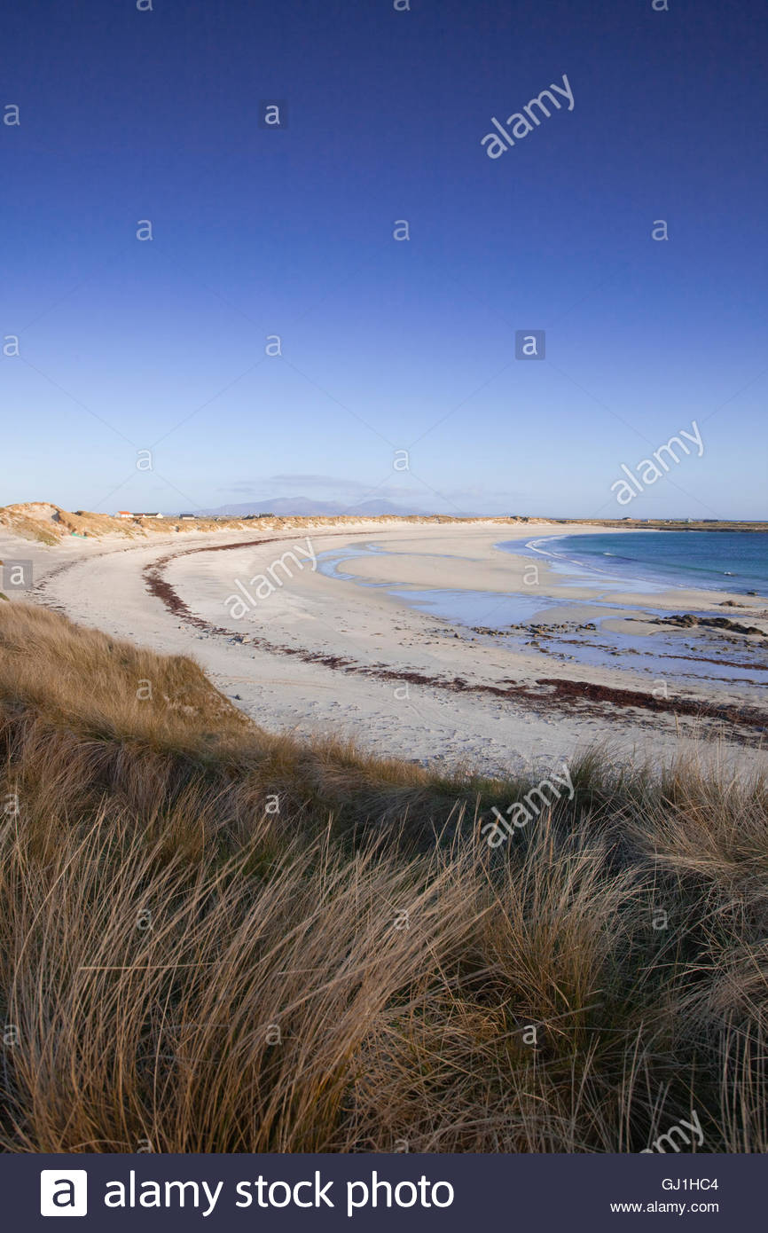 The white sandy beach of Culla Bay, Isle of Benbecula, Outer Hebrides, Scotland. Stock Photo