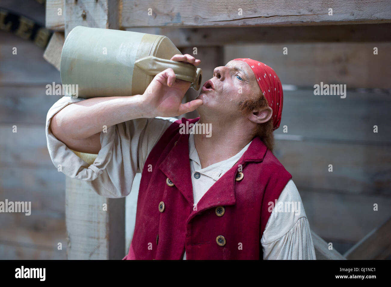 A replica navvy slaking his thirst while helping to build the new Greaat Western Railway from Bristol to London Stock Photo