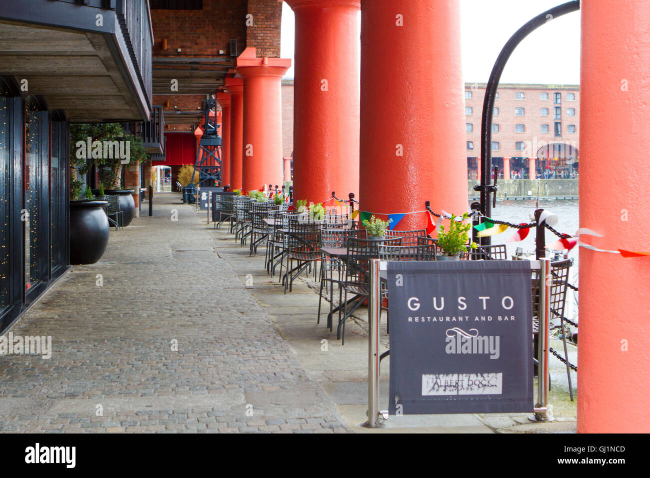 The 'Gusto' upmarket restaurant and bar on the inner square of the famous Albert Dock complex, Liverpool, - Stock Image