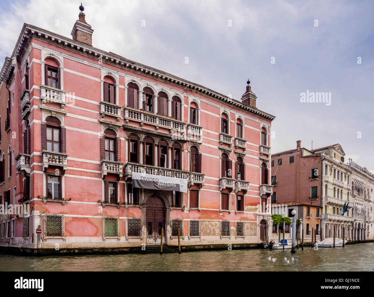 "Palazzo Fontana Rezzonico, venue for ""Divided Waters"" exhibition commemorates 500th anniversary of the Jewish Ghetto,Venice. - Stock Image"
