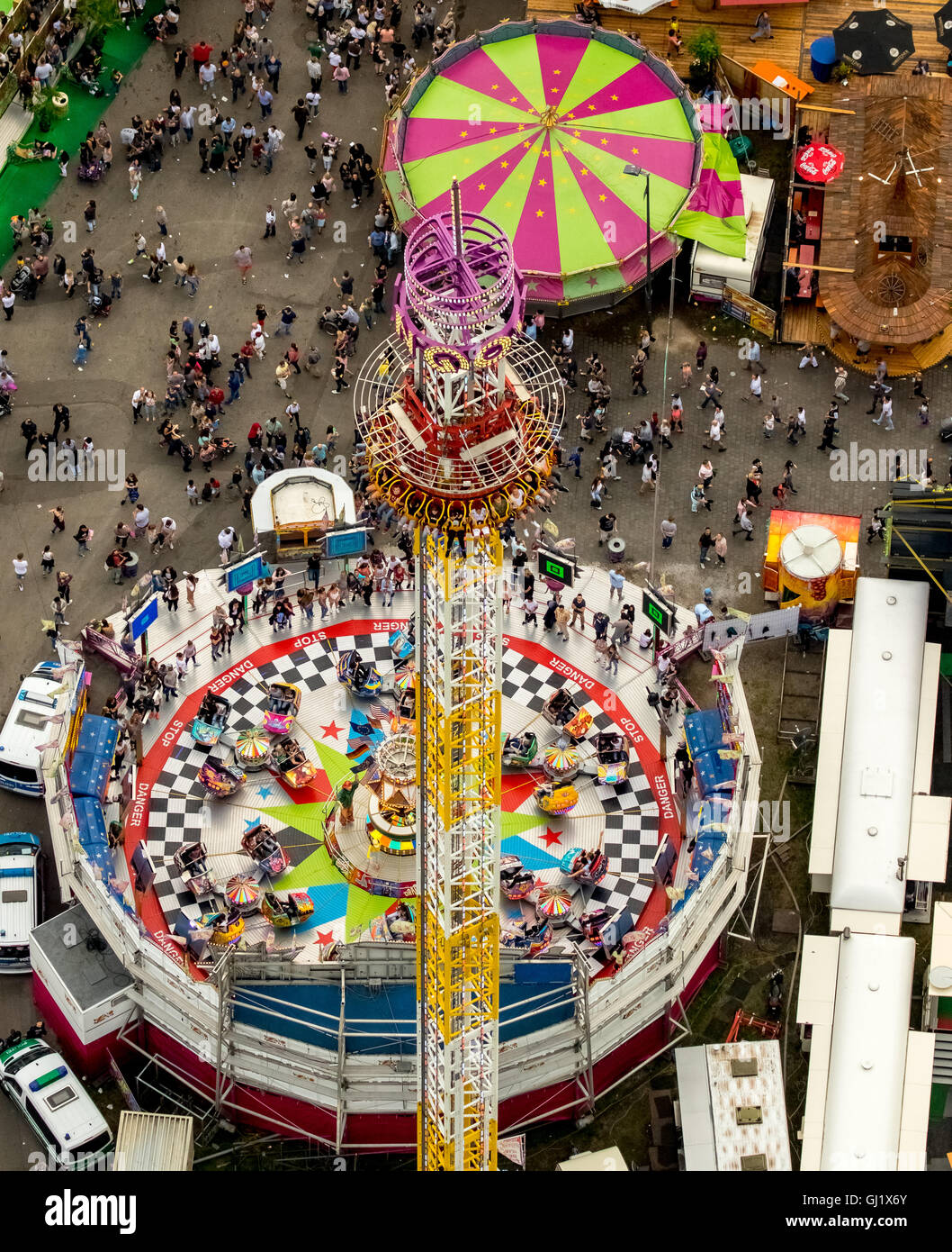 Aerial view, hang over, rotating gondola, free fall, freefall tower, Cranger Kirmes 2016 largest folk festival in - Stock Image