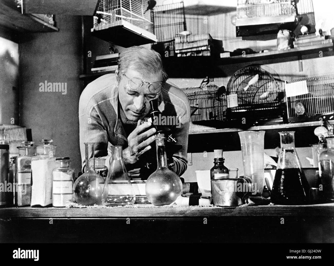 DER GEFANGENE VON ALCATRAZ Birdman of Alcatraz Der Film erzählt die Geschichte eines Doppelmörders, der sich während Stock Photo