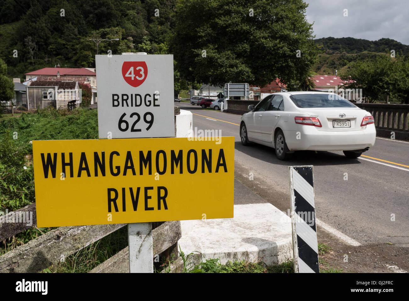 Road bridge 629 spanning the Whangamomona River at Whangamomona New Zealand North Island. - Stock Image