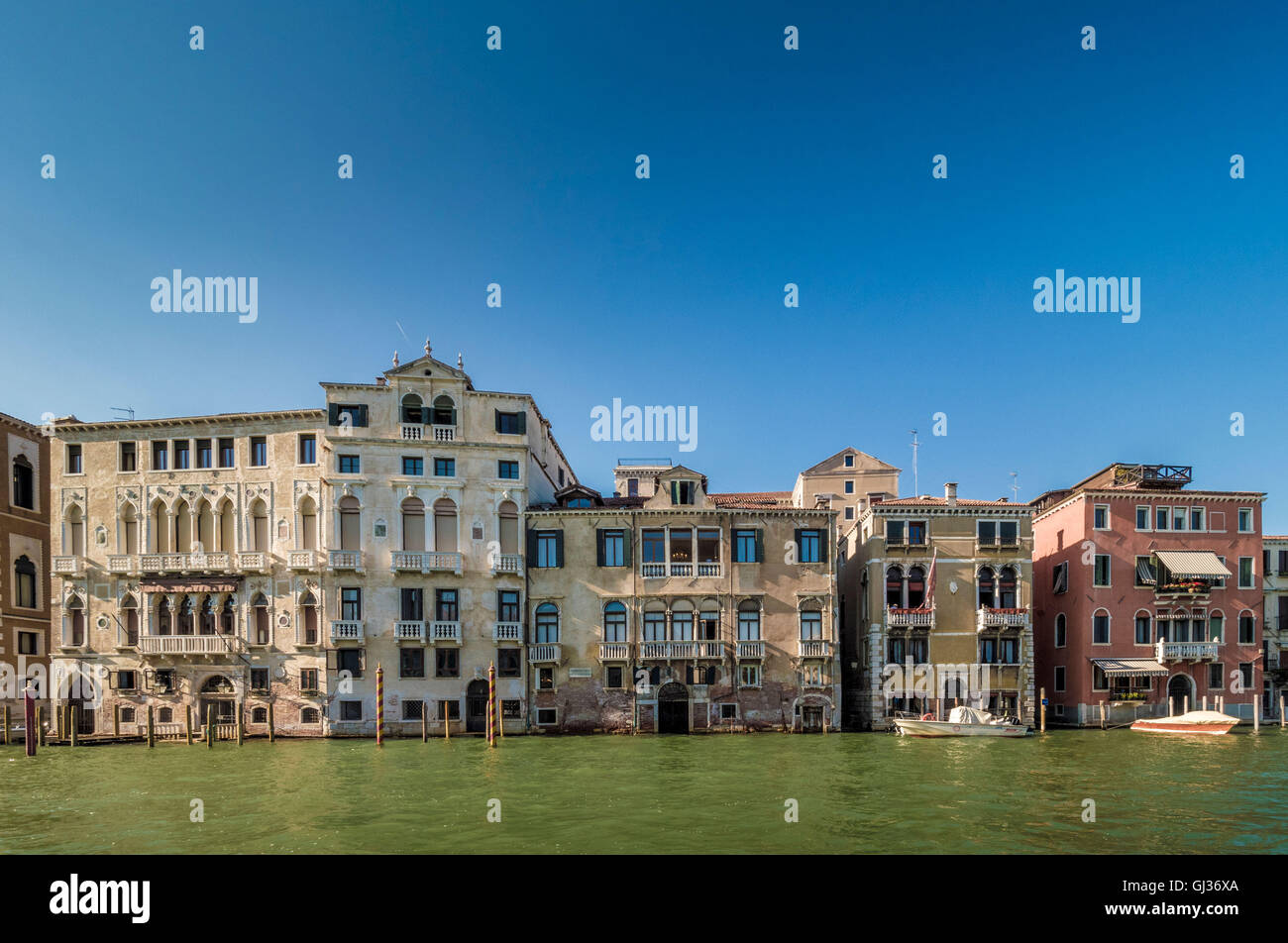 Traditional venetian buildings along the Grand Canale. Venice, Italy. - Stock Image