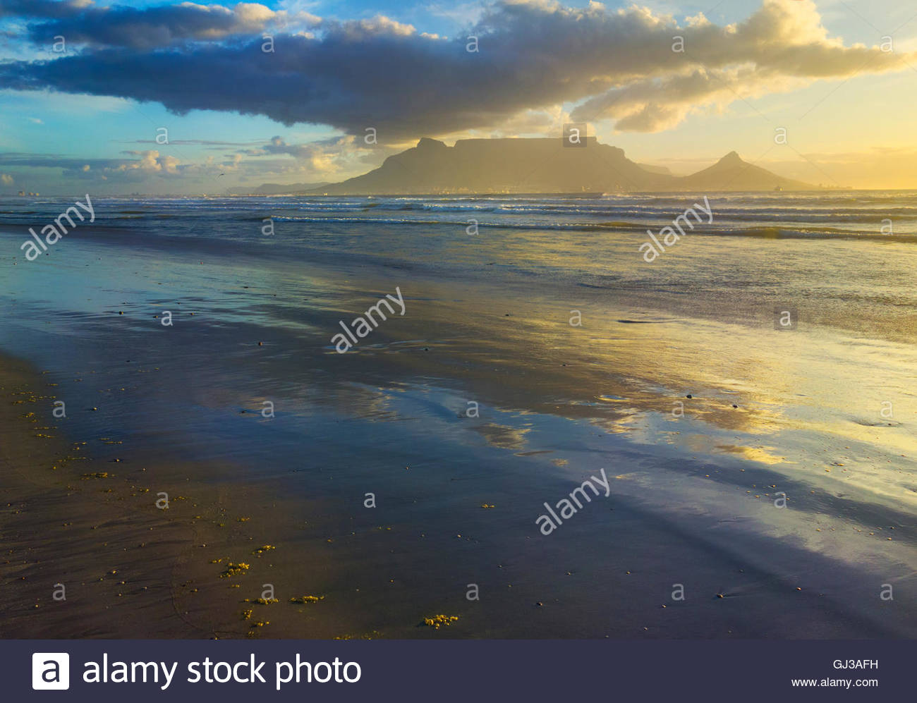 View of table mountain from Bloubergstrand beach, Cape Town, South Africa - Stock Image