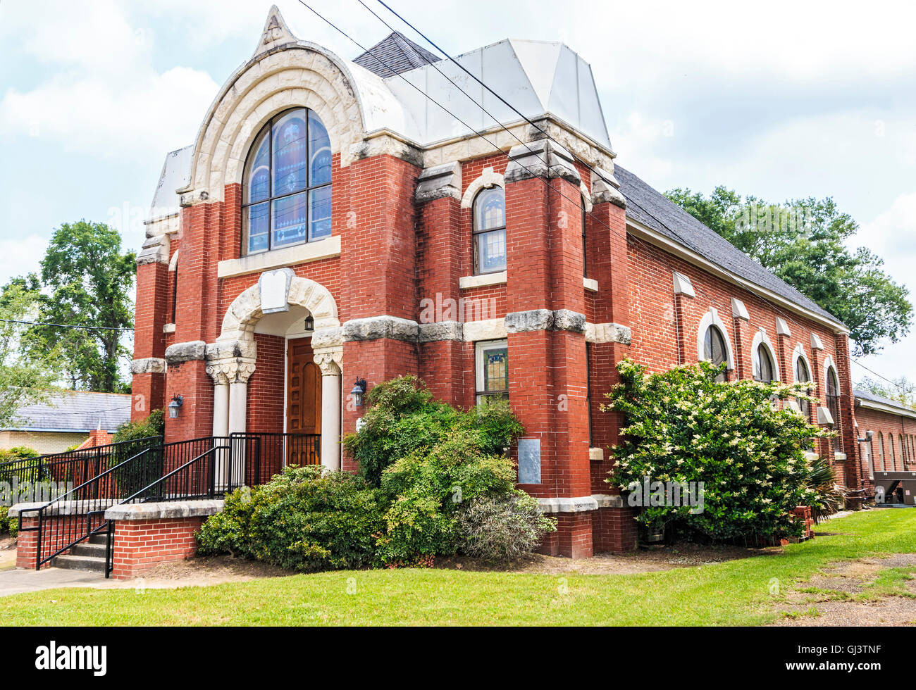 Temple Sinai, Jewish synagogue in downtown Lake Charles, Louisiana. One of the historic buildings in the city. - Stock Image