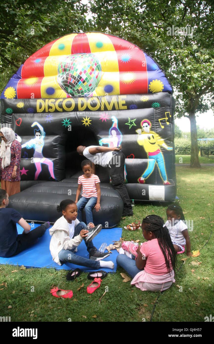Community Impact Haringey, Chestnuts Community Centre,  Children's activities. - Stock Image
