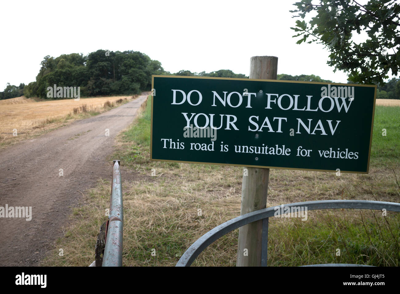 Sat Nav error warning by farm track, Warwickshire, UK - Stock Image