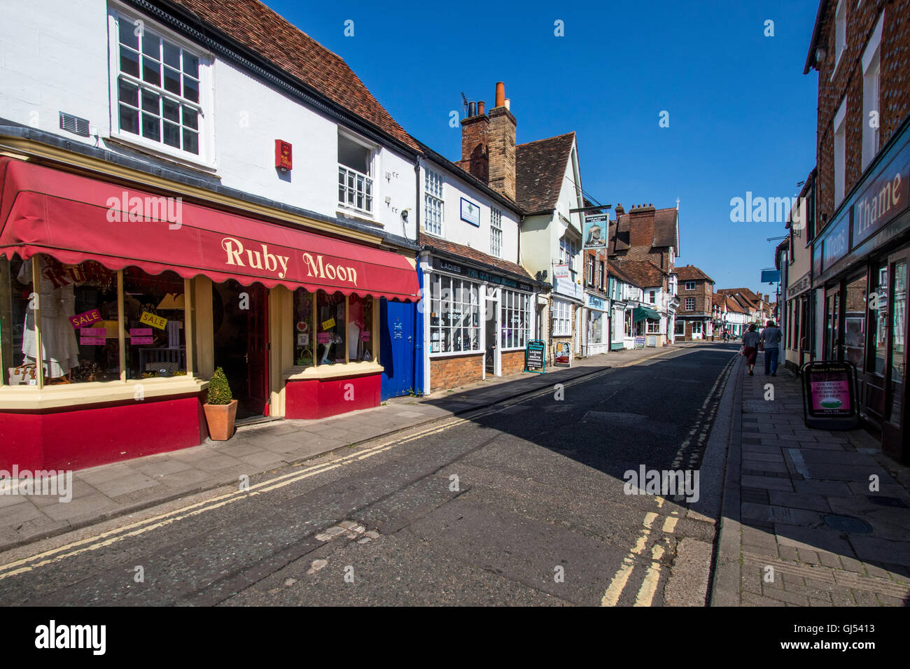 Shops in the town town of Thame Oxfordshire England - Stock Image