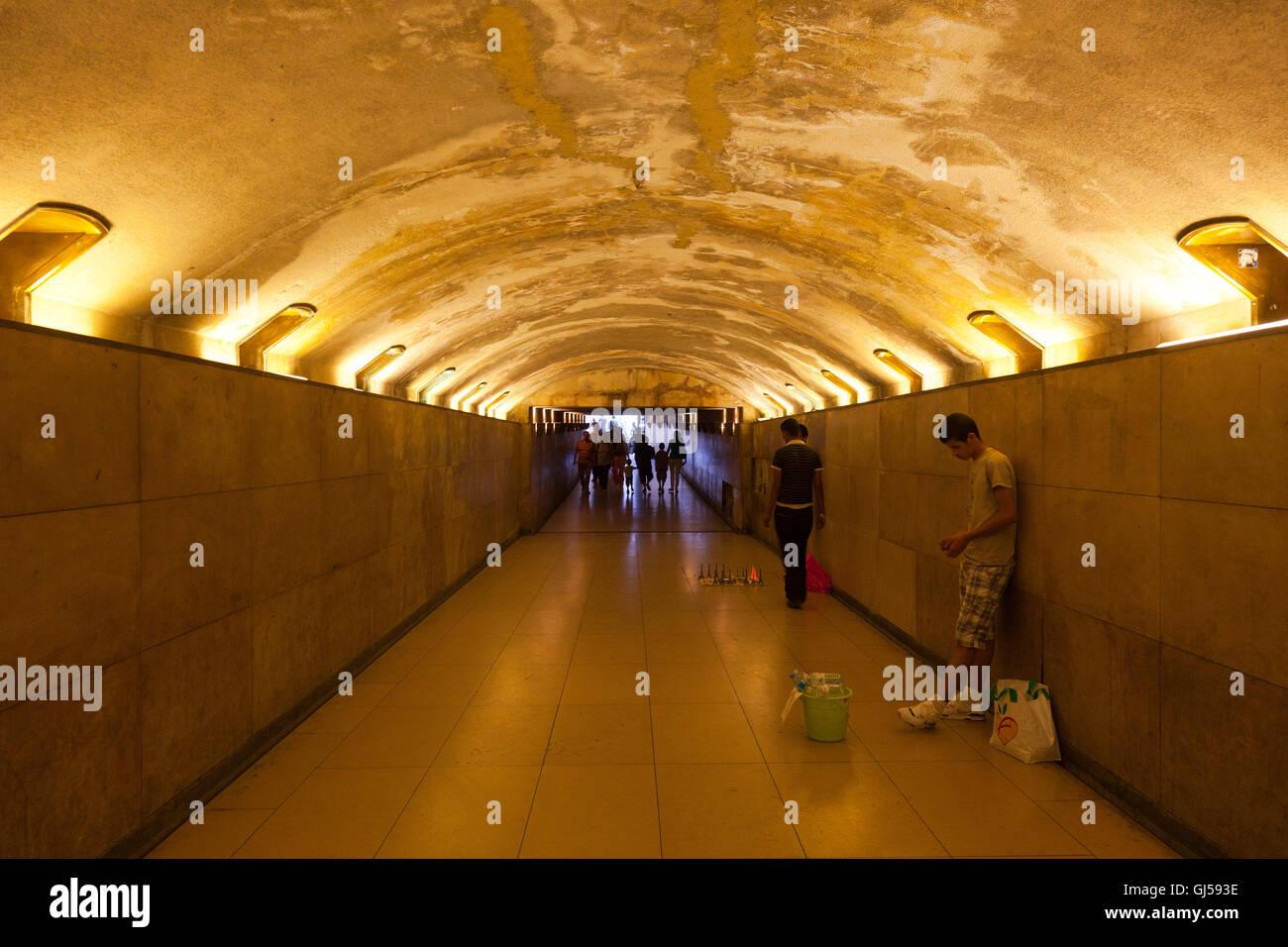 Paris underpass - Stock Image