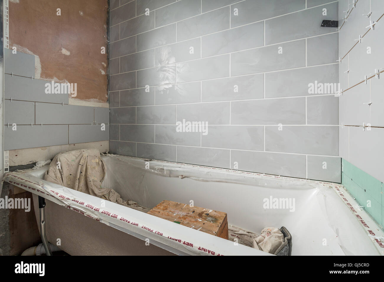 Tiling Bathroom Stock Photos & Tiling Bathroom Stock Images - Alamy