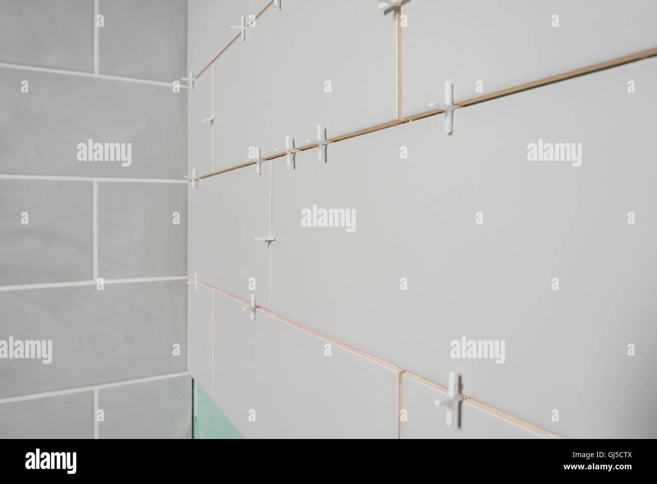 Bathroom Tiling Stock Photos & Bathroom Tiling Stock Images - Alamy