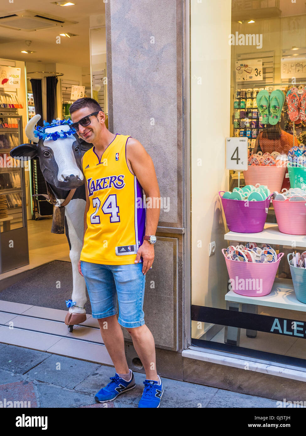 wholesale dealer 0834b 4cacc Lakers Stock Photos & Lakers Stock Images - Alamy