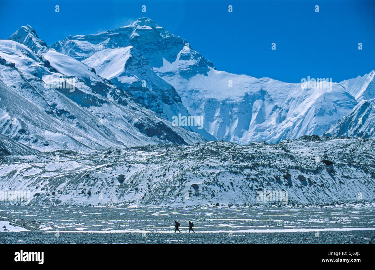 Hiking two kilometres south of Everest Base Camp (5,200 metres) with excellent views of Mount Everests North Face - Stock Image