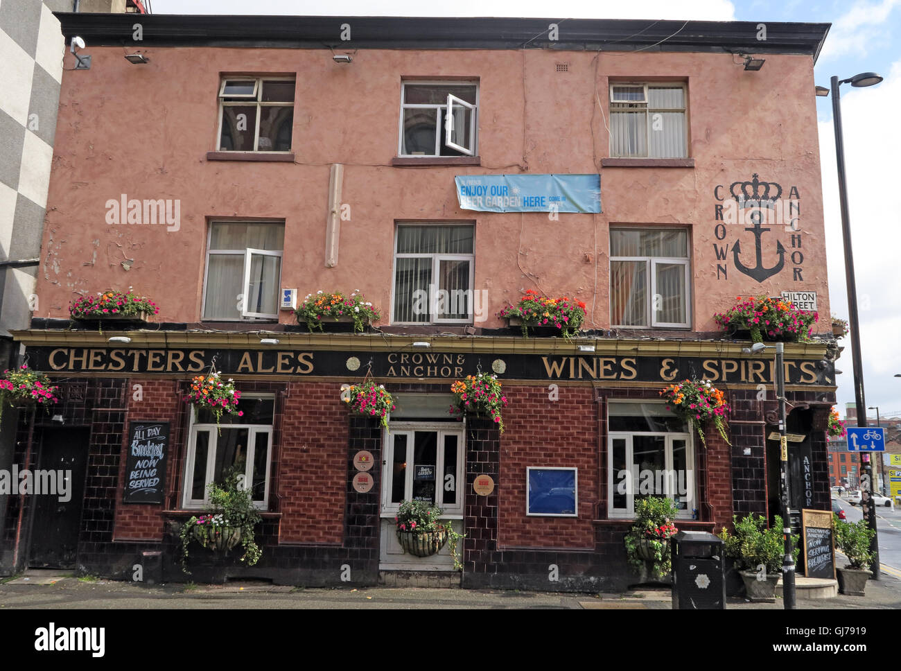 Old Chesters Ales pub, Crown & Anchor, Hilton St, Northern Quarter NQ, Manchester, North West England, M1 2EE - Stock Image