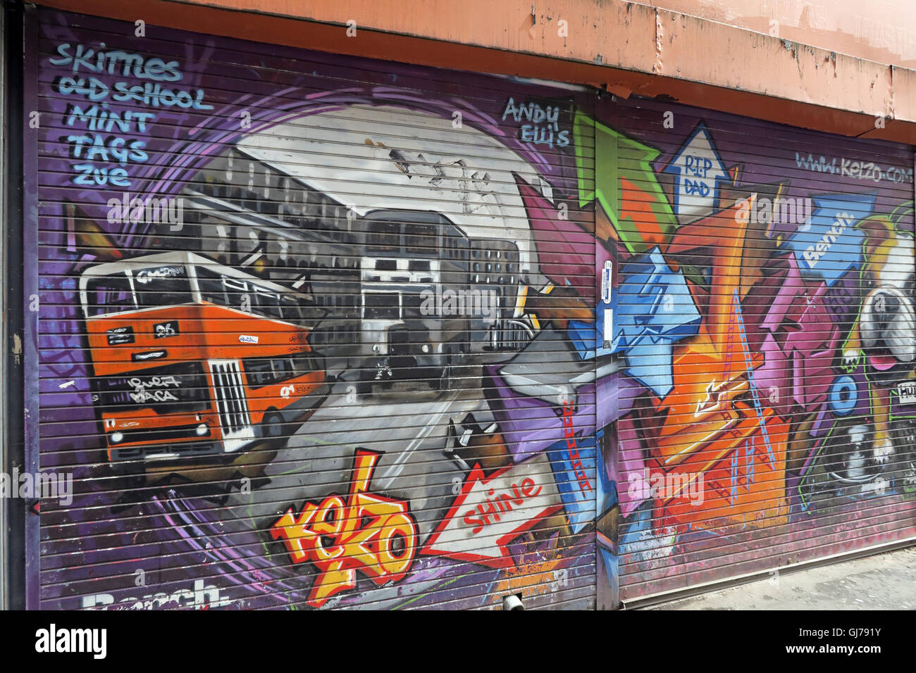 Kelzo Manchester mural in shutter, Koffee Pot, Northern Quarter Artwork, NQ, Manchester, North West England, UK, - Stock Image