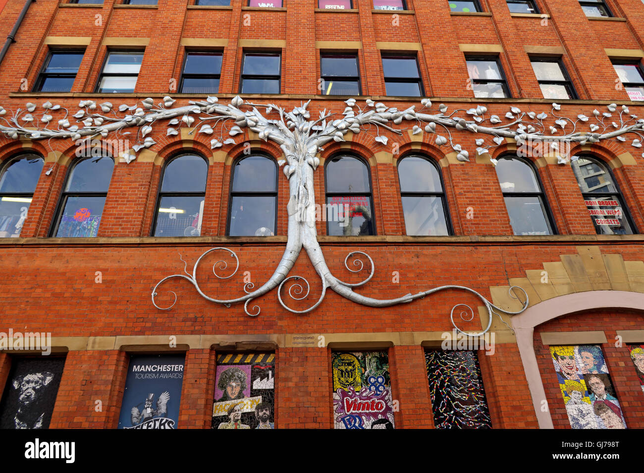 Afflecks Palace Manchester - Side of building artwork - Stock Image