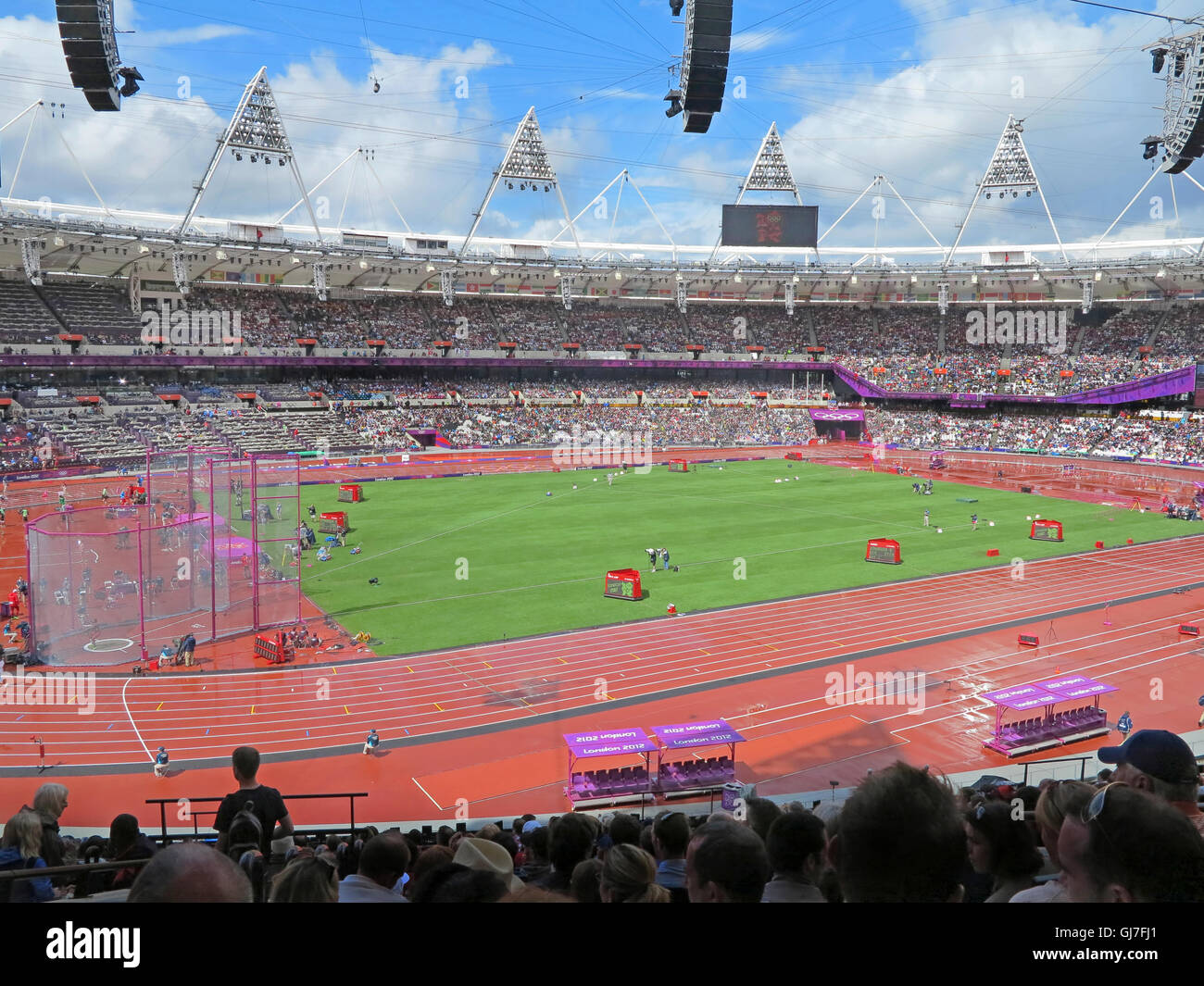 London, England. August 3th, 2012. Athletics in the Olympic Stadium for the Summer Olympics in London 2012 - Stock Image