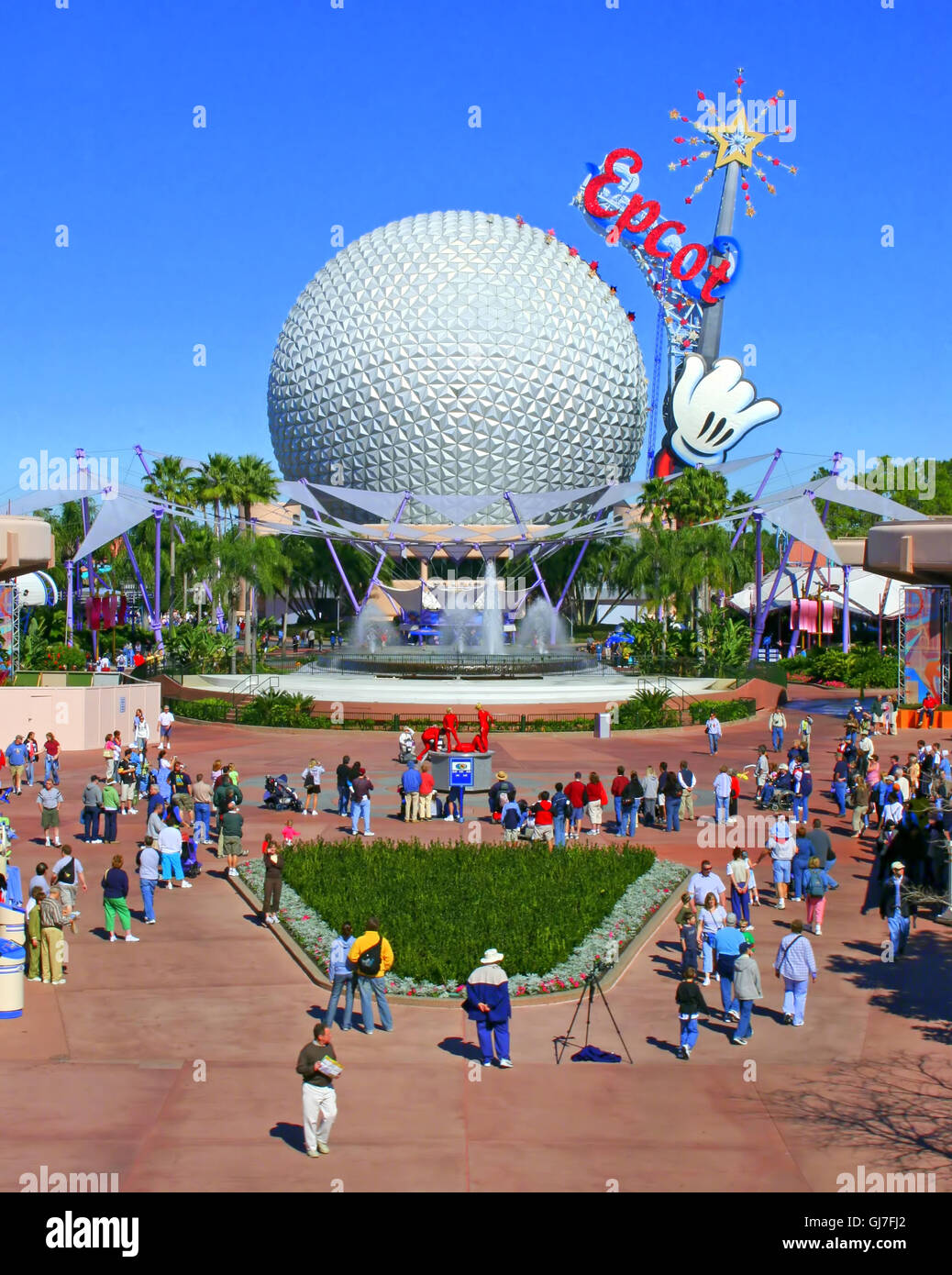 Orlando, Florida, USA. January 31th, 2006. A view of Epcot including Spaceship Earth from the monorail - Stock Image