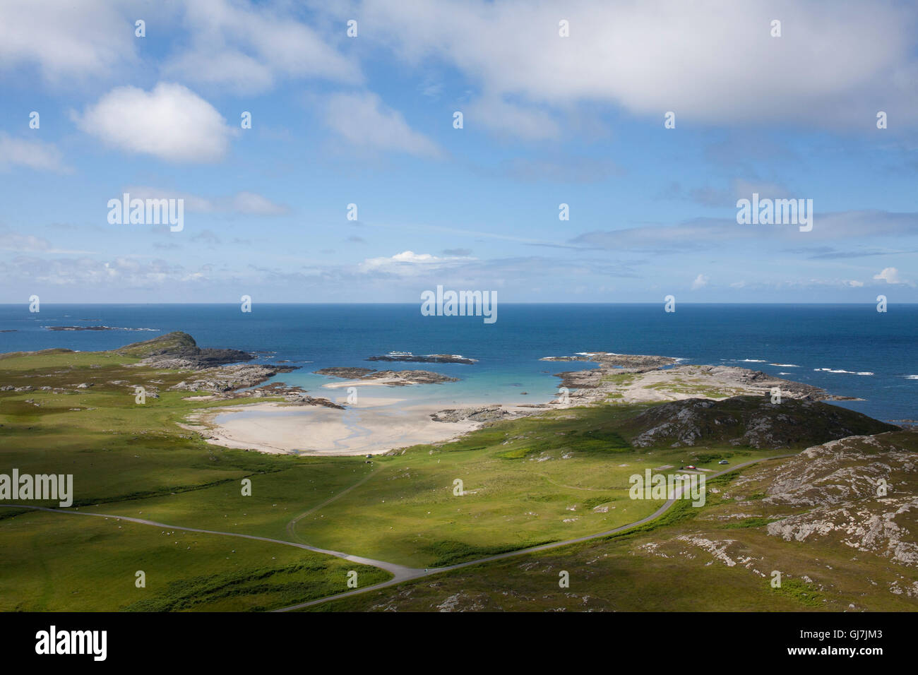 The Traigh an Tobair Fhuair Beach near Machrins on the Isle of Colonsay in the Inner Hebrides, Scotland. - Stock Image