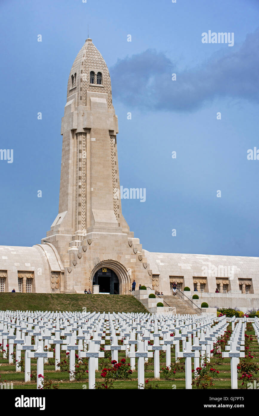Douaumont ossuary and military cemetery for First World War One French and German soldiers who died at Battle of - Stock Image