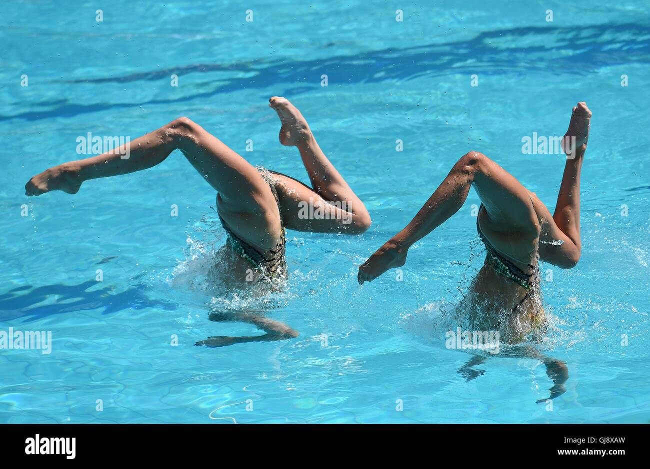 Rio de Janeiro, Brazil. 14th August, 2016. Katie Clark (GBR) and Olivia Frederici (GBR). Synchronised Swimming. - Stock Image