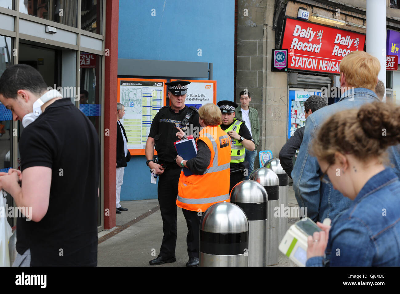 Partick Train and Underground station evacuated and closed in security alert. Stock Photo