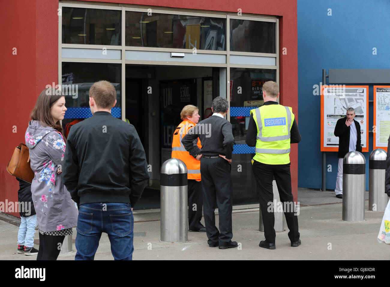 Partick Train and Underground station evacuated and closed in security alert. - Stock Image