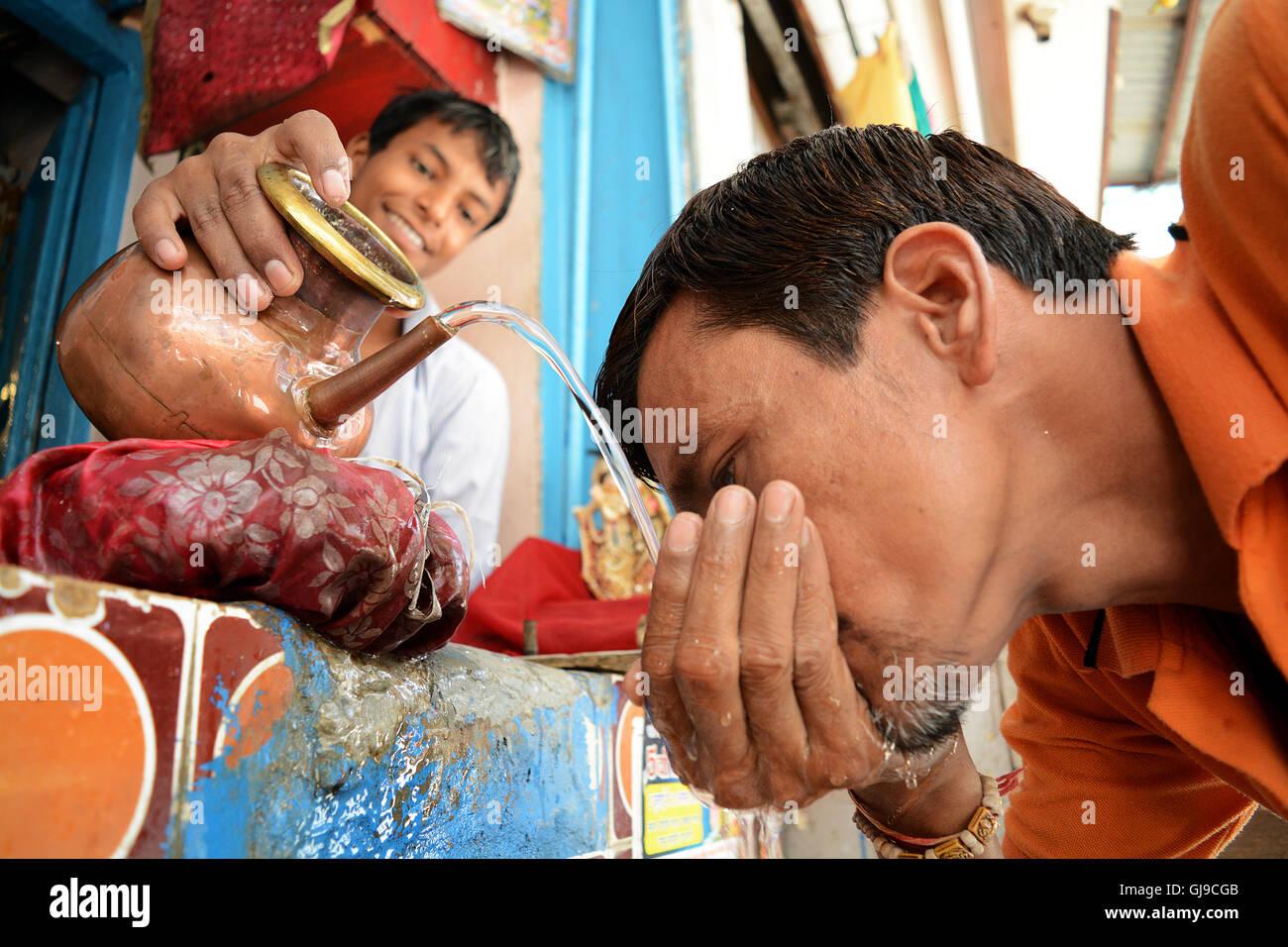 I'll slake your Thirst! - Stock Image