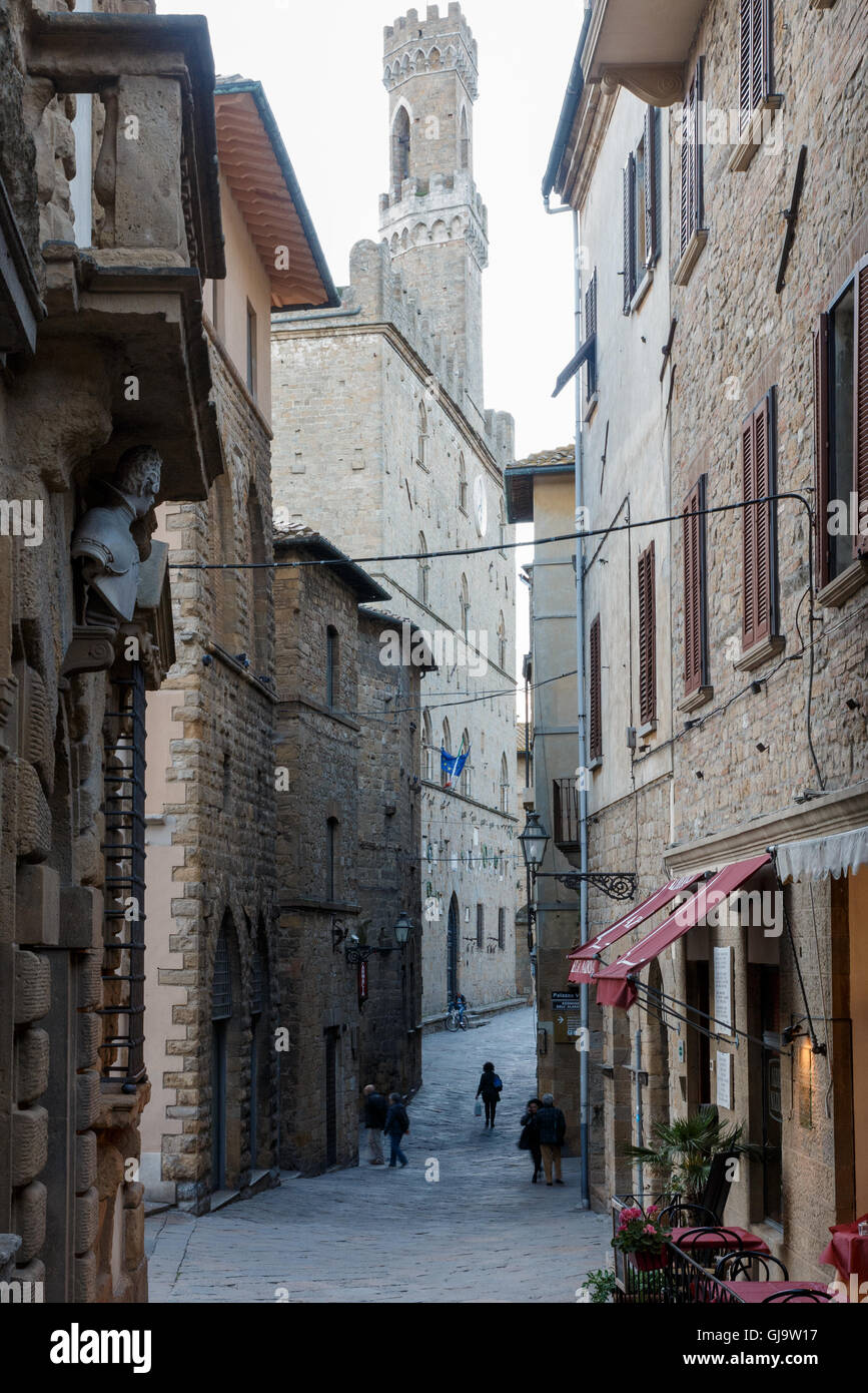 The streets of Volterra, Tuscany, Italy - Stock Image