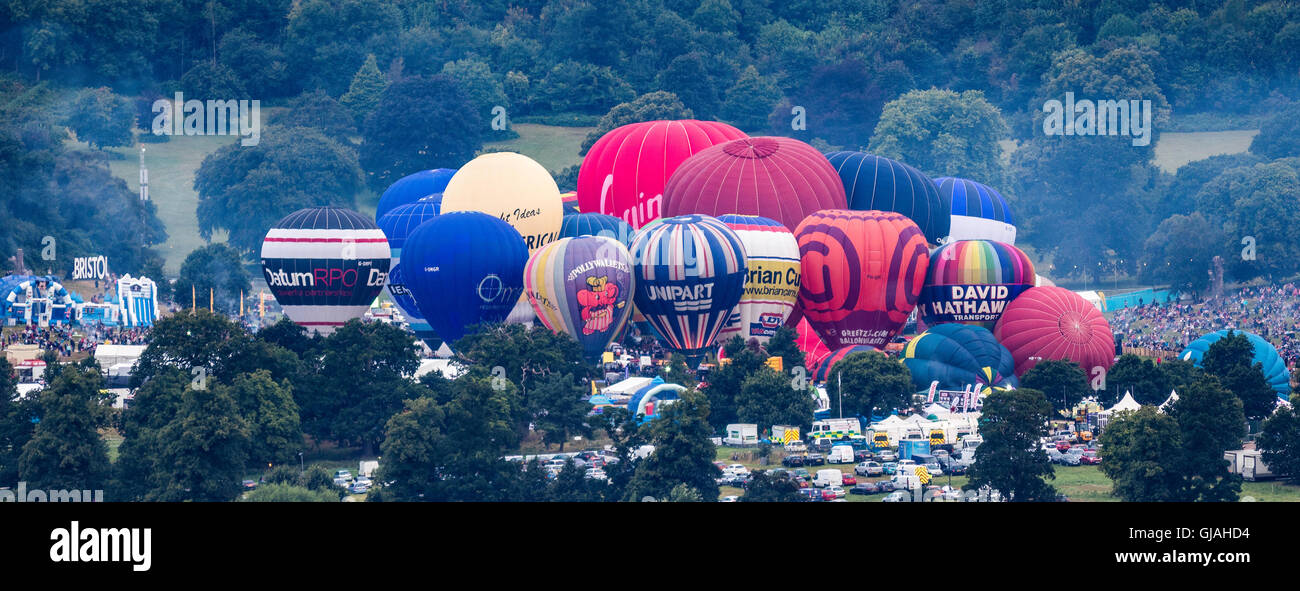 Bristol Balloon Fiesta, Dawn mass ascent 14th August 2016 - Stock Image