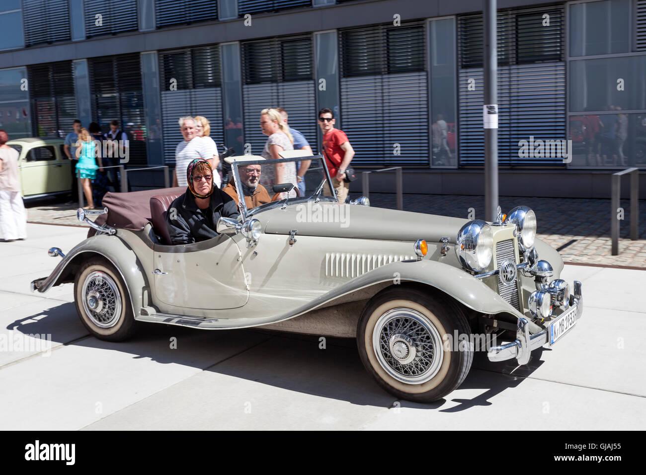 Historic Mercedes Benz Roadster - Stock Image