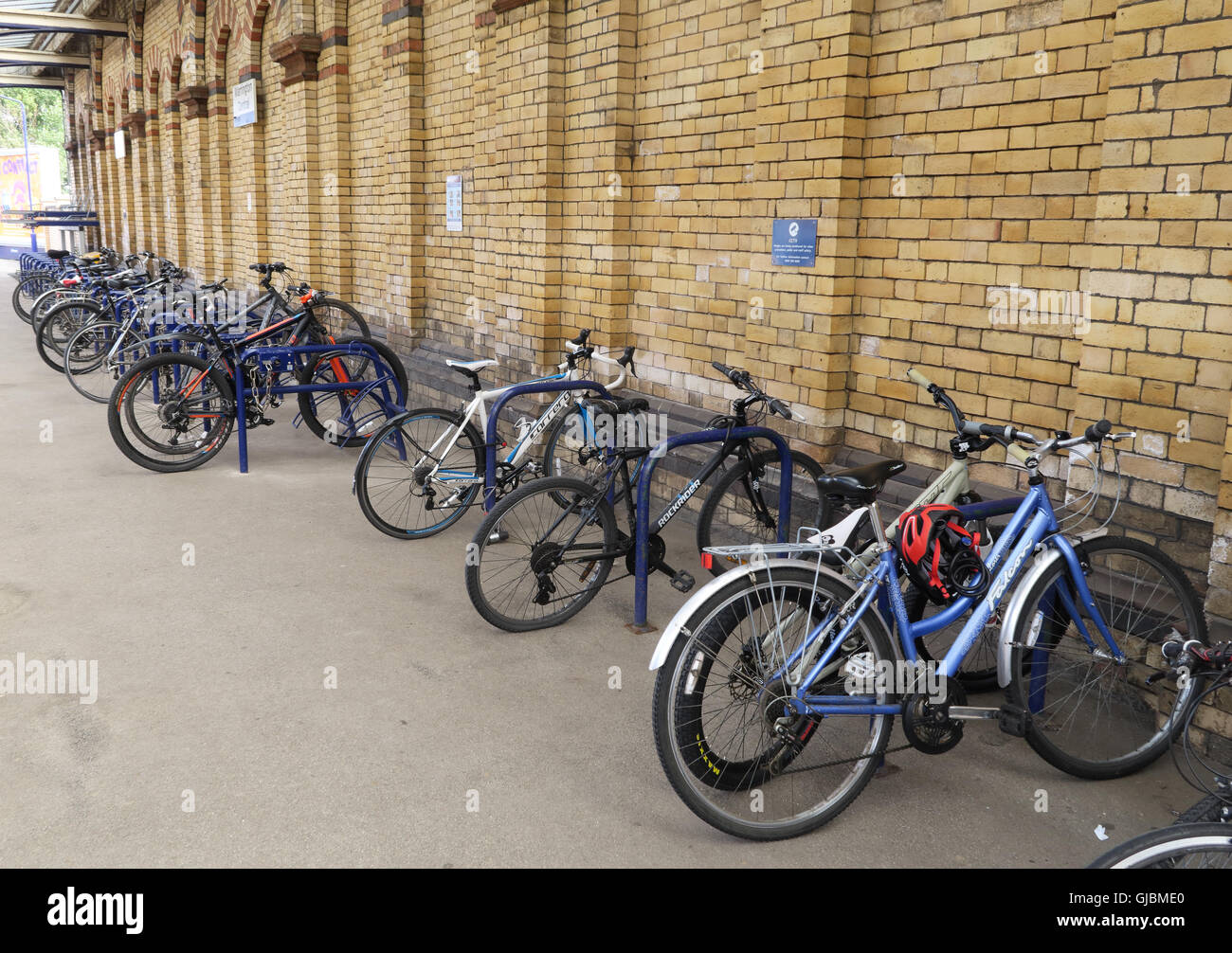 Bicycle / cycle / bike storage platform 1, Warrington Central Railway station, town centre, Cheshire, North West - Stock Image