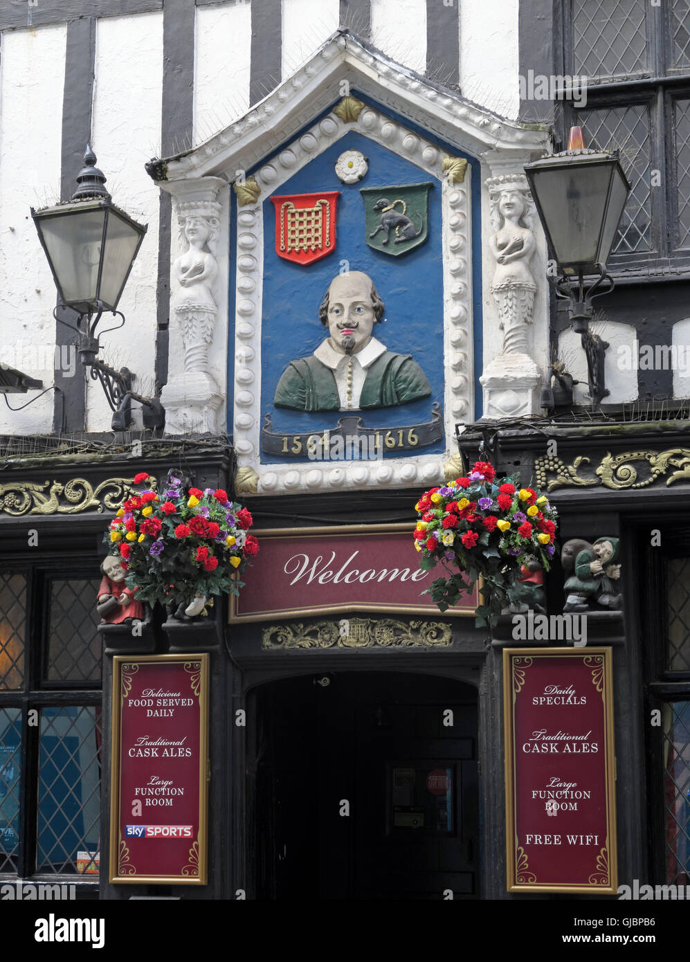 Shakespeare historic pub, 16 Fountain St, City Centre, Manchester M2 2AA - Stock Image