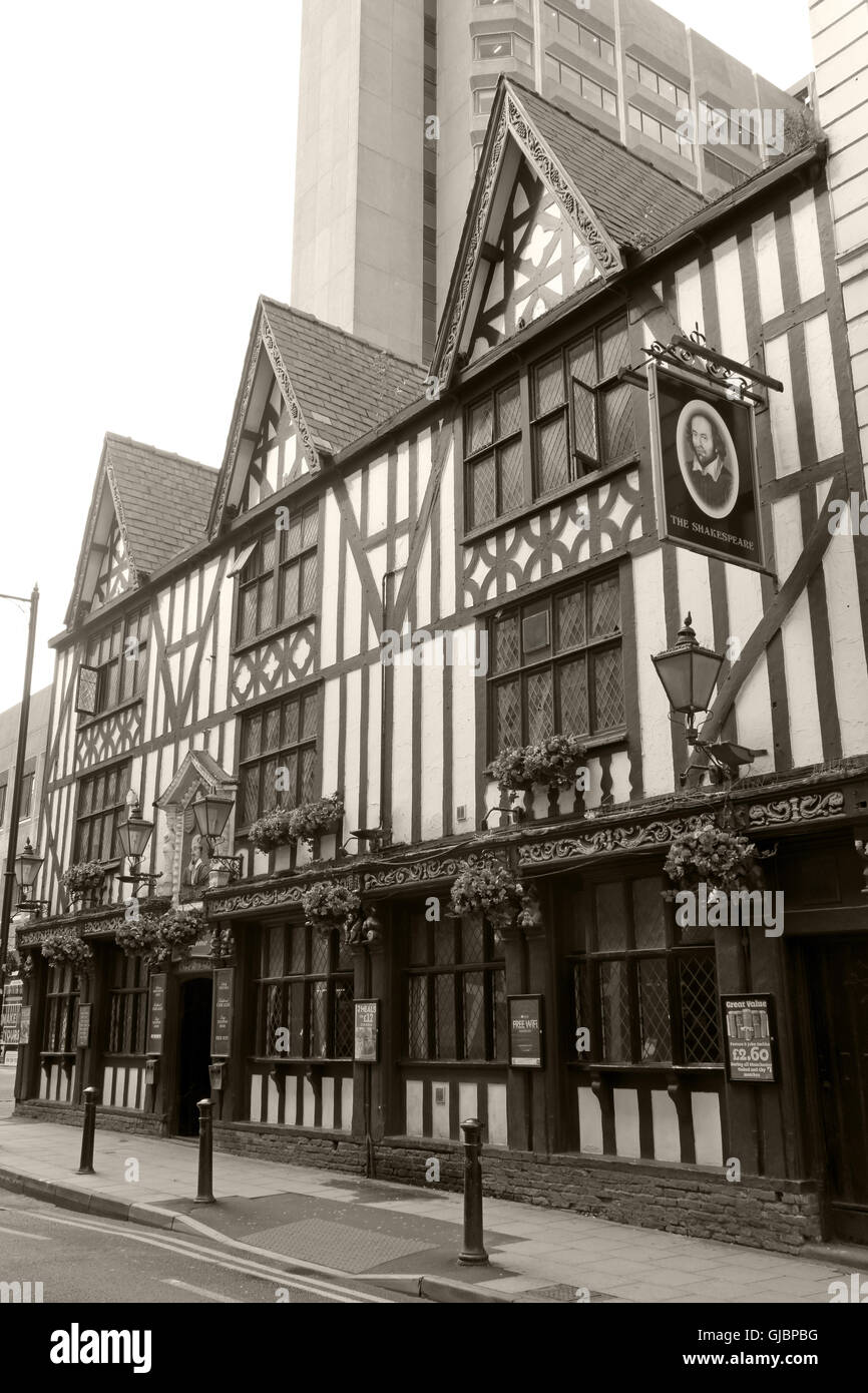 Sepia Shakespeare historic pub, 16 Fountain St, City Centre, Manchester M2 2AA - Stock Image