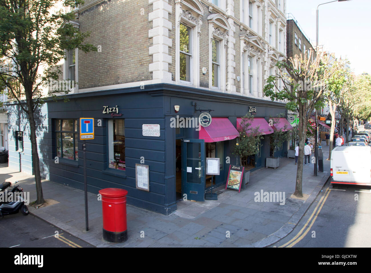 Zizzi restaurant in the Royal Borough of Kensington and Chelsea and the City of Westminster Greater Central London - Stock Image