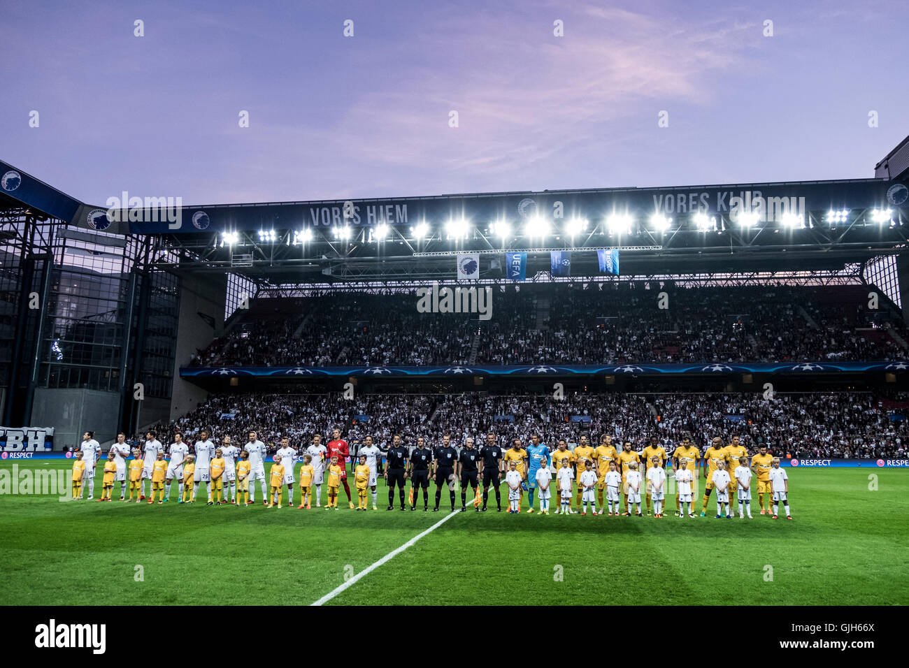 Denmark, Copenhagen, August 16th 2016. The two teams line up at the UEFA Champions League play-off match between Stock Photo