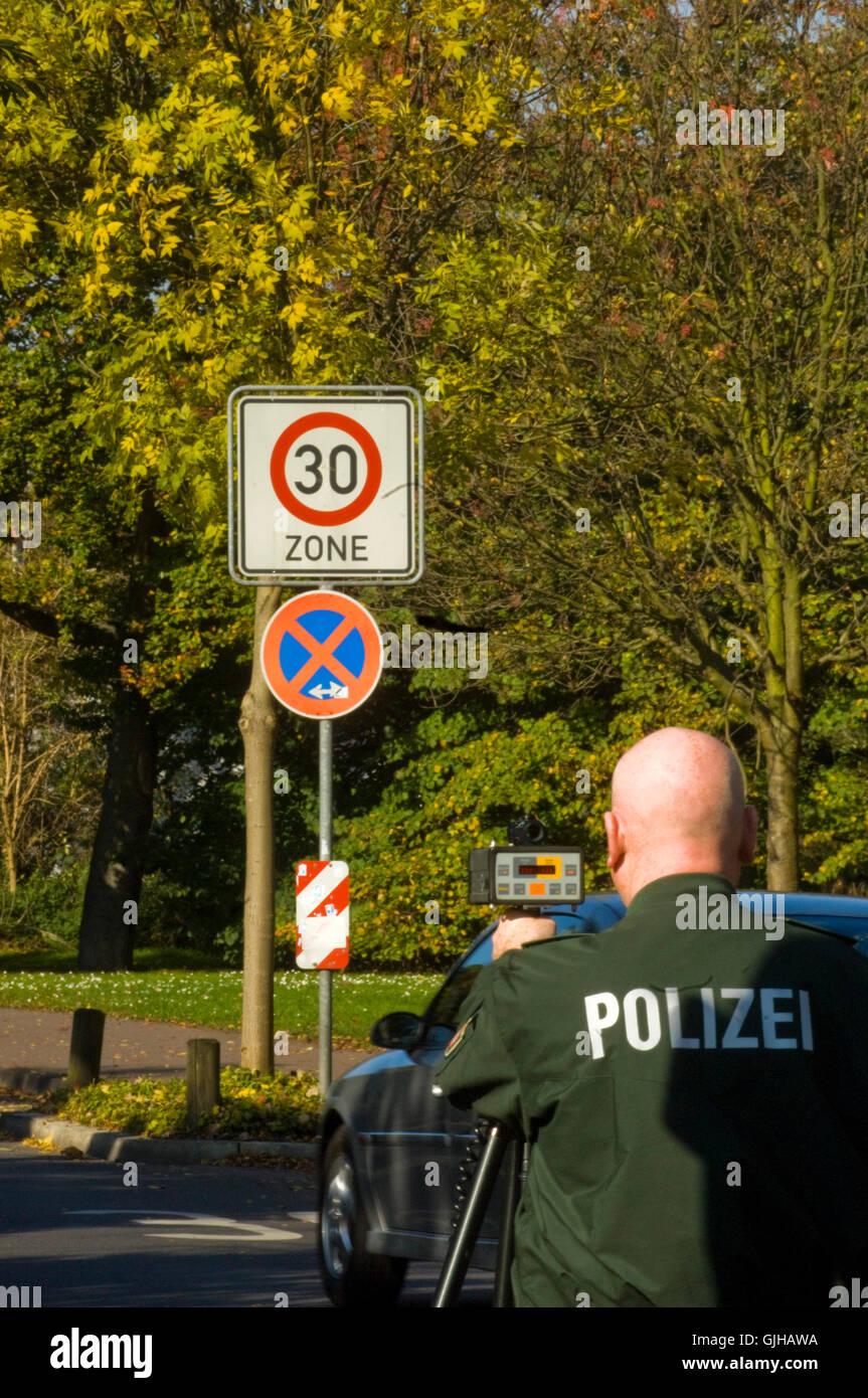 BRD, Deutschland, NRW, Bergheim, Radarkontrolle - Stock Image