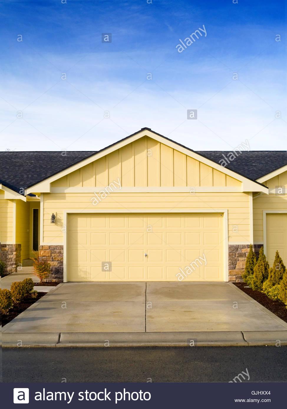 house building duplex - Stock Image