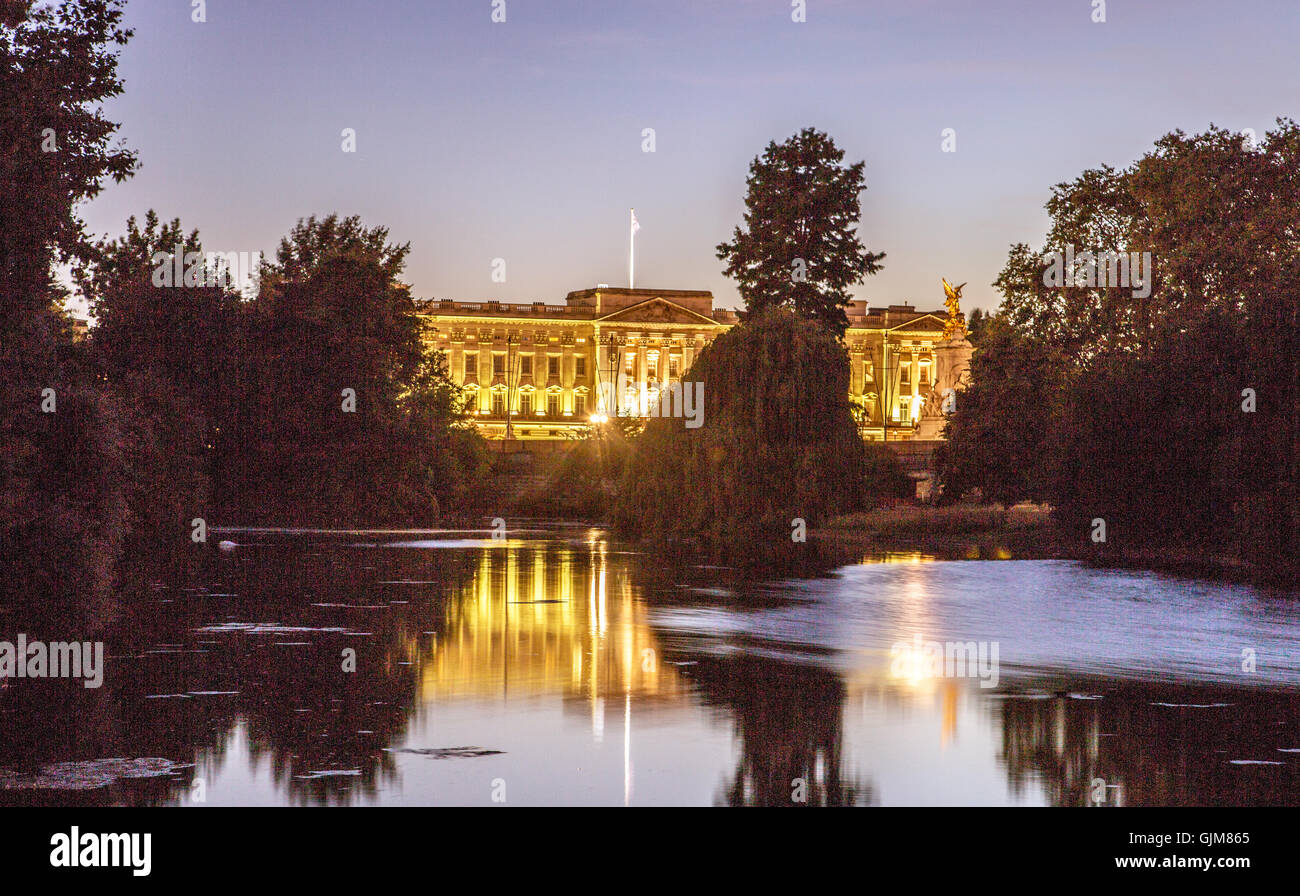 Buckingham Palace At Night London UK - Stock Image