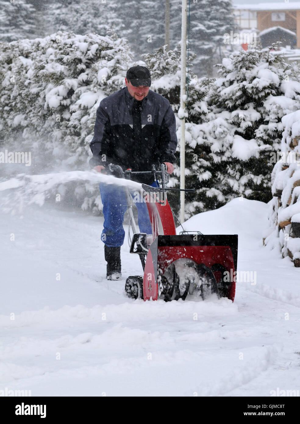 winter snowdrift evacuate - Stock Image