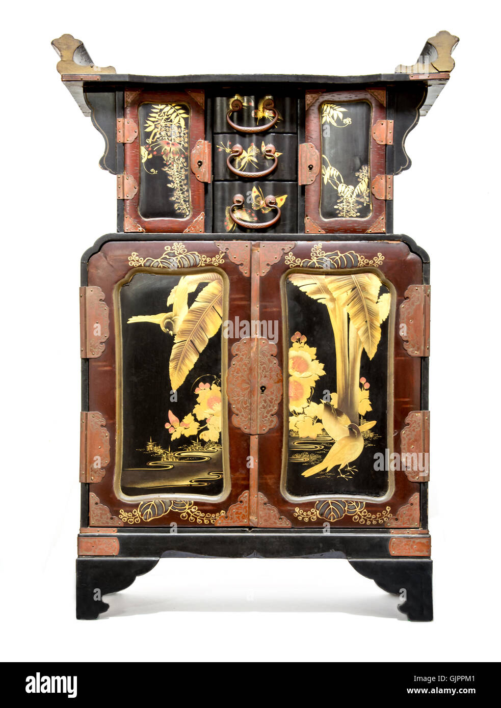 Antique Japanese Black Lacquer and Gold Table Cabinet. - Stock Image - Antique Japanese Cabinet Stock Photos & Antique Japanese Cabinet