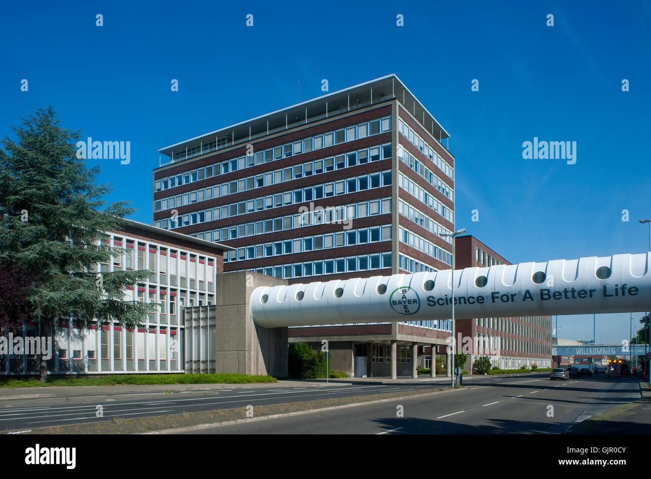 Deutschland, Leverkusen, Friedrich-Ebert-Strasse, Chempark, Bayer-AG - Stock Image