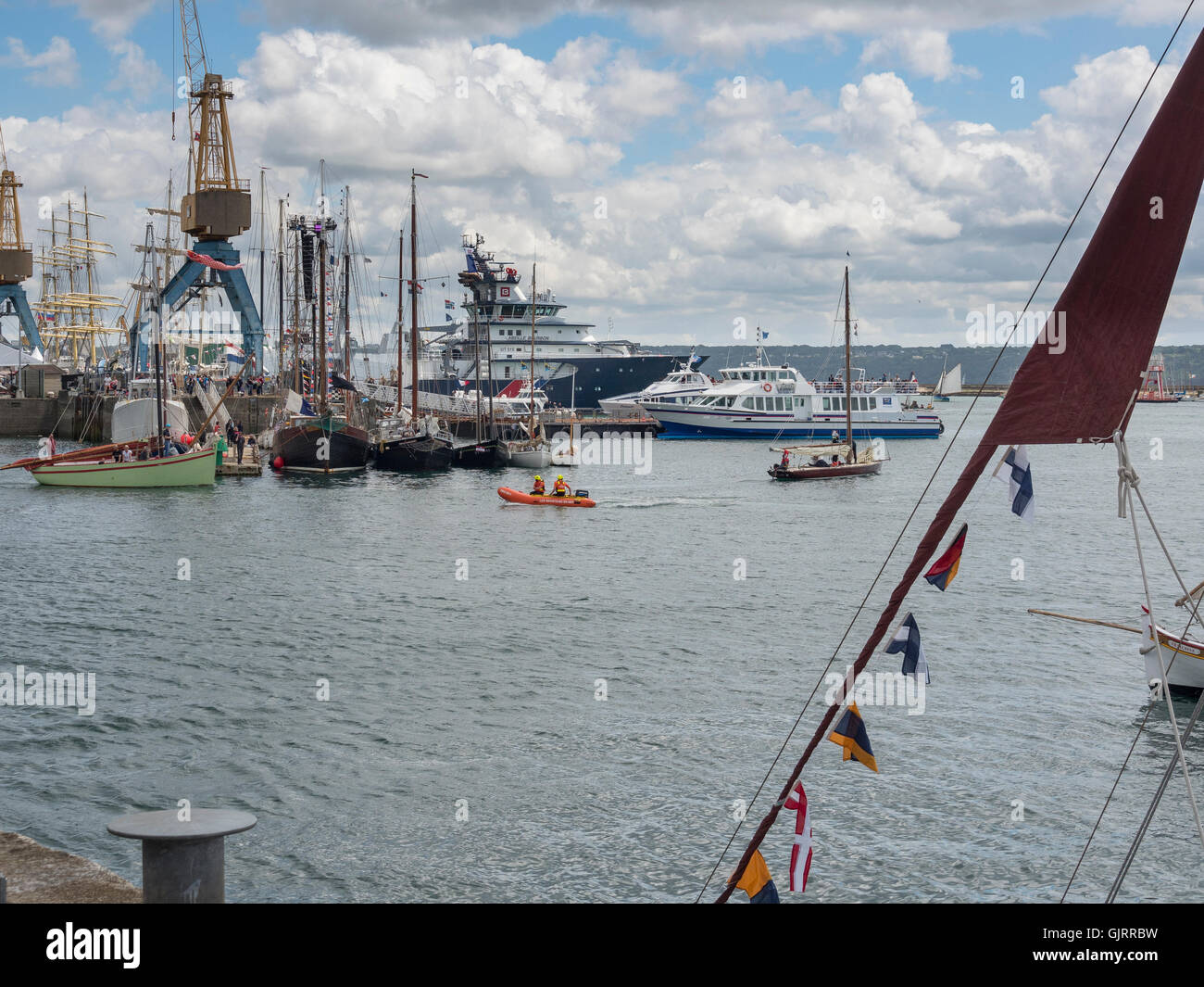 Brest: the commercial port. - Stock Image
