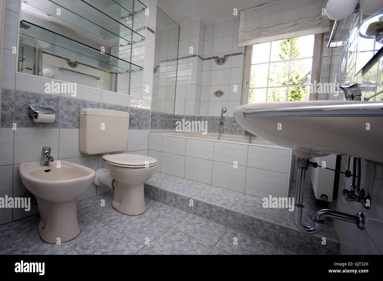 toilet wash basin bath tub Stock Photo
