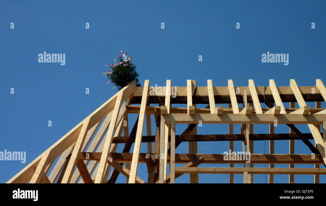 traditions tiler roof beam - Stock Image