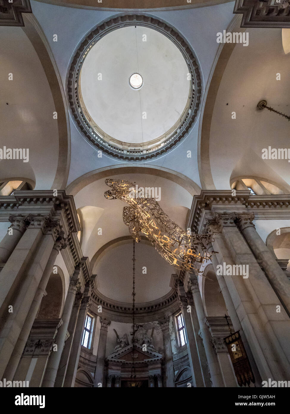 The blessing hand 'Together' by Jaume Plensa, Metal sculpture suspended above the  transept, below the ceiling - Stock Image